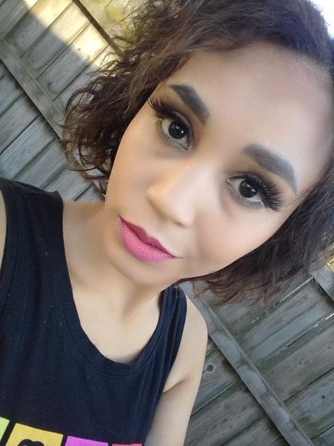 Cruelty-free makeup Summer